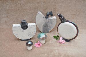 vase et bouteilles en raku